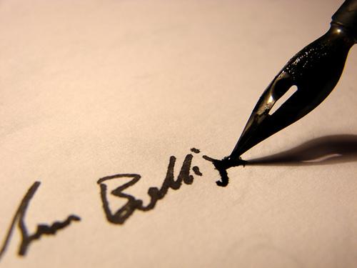 Az írói álnév